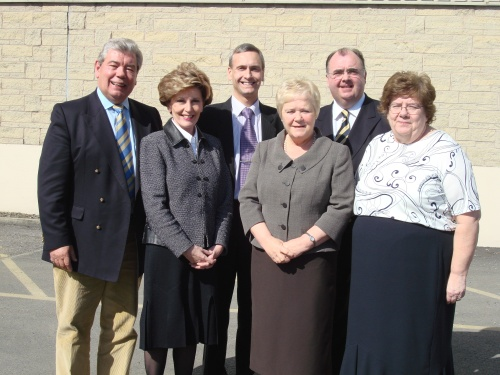 l-r Sir David Trippier, Jacquie Foster, David Nuttall, Cllr Diana Ashworth, Cllr Barry Theckston, Cllr Sheila Magnall